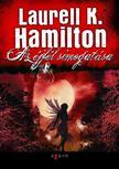 Hamilton, Laurell K. - Az �jf�l simogat�sa